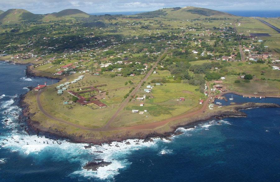 Каменные истуканы острова Пасхи