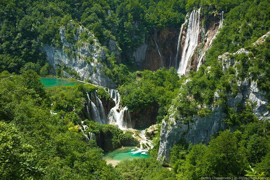 Плитвицкие озера национальный парк в Хорватии